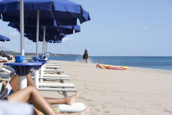 cala-luas-resort-spiaggia2